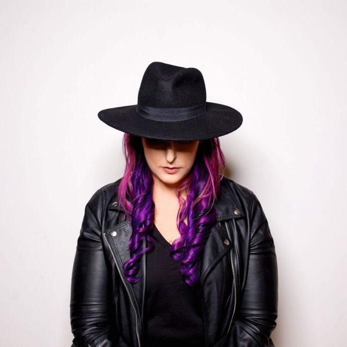Kristen-Karma-Pic1
